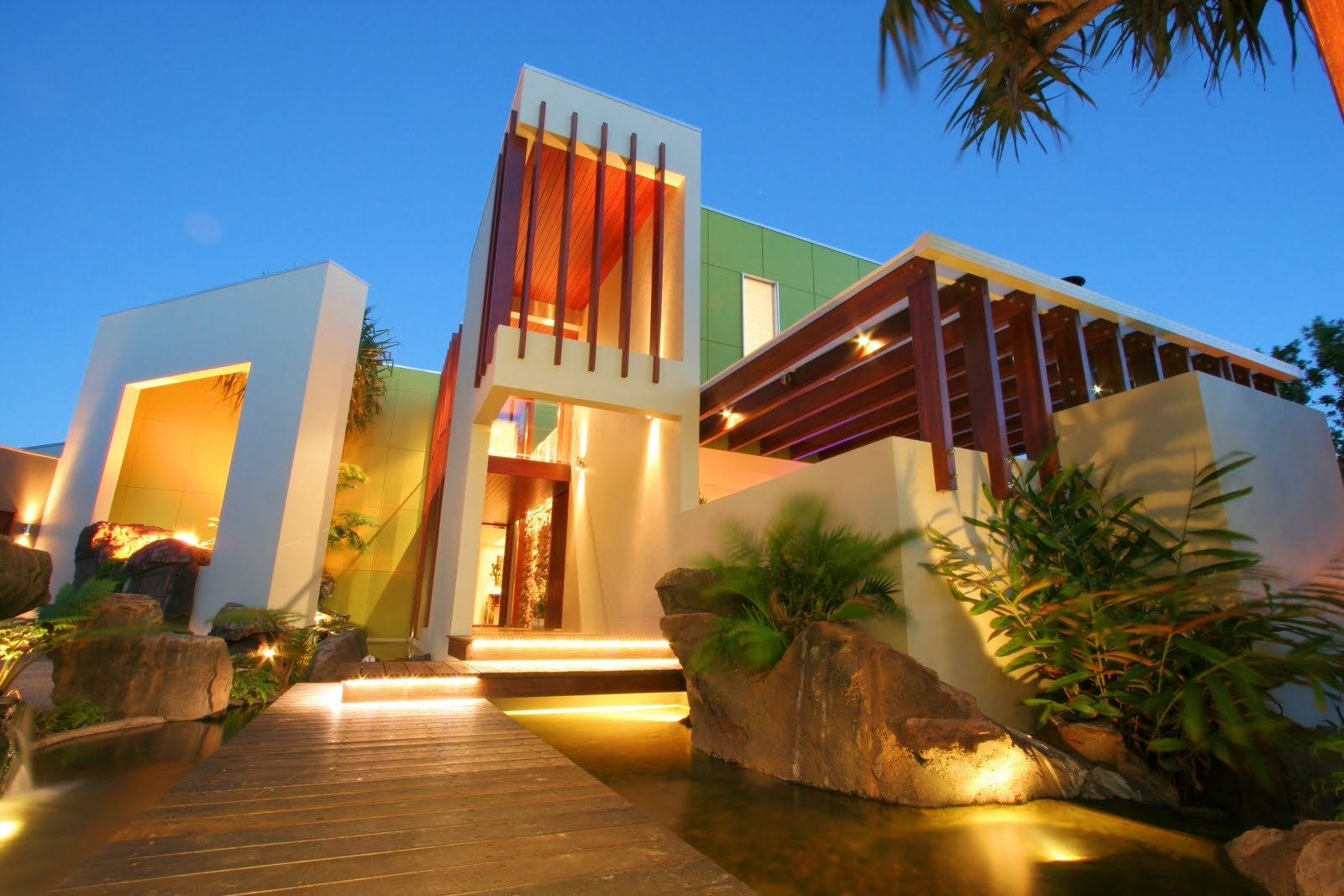 Featured Image of Exotic House Exterior Plans