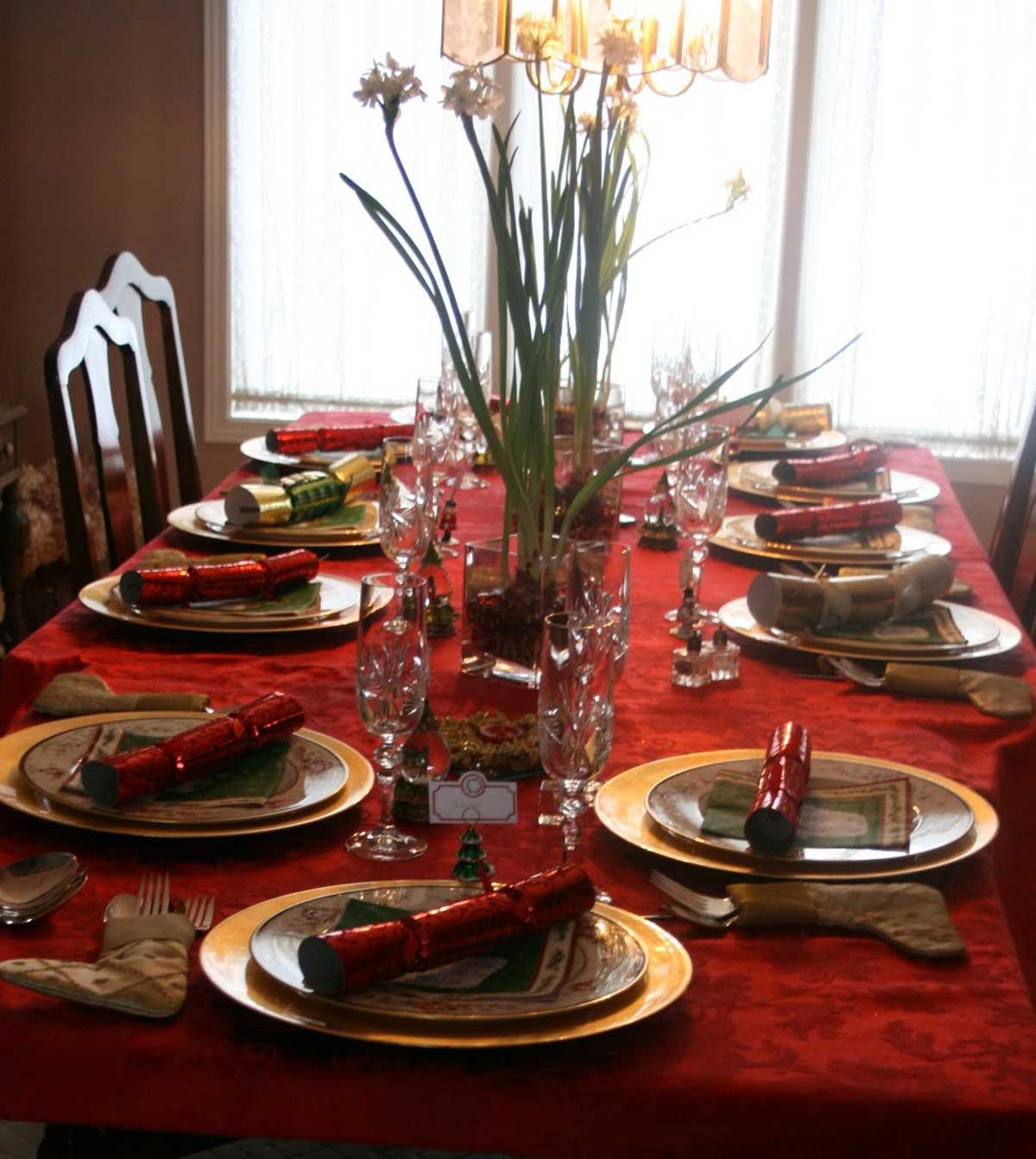 Featured Image of Fresh Flower Dining Table Centerpiece
