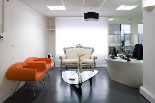 Featured Image of Futuristic Modern Office Interior Design