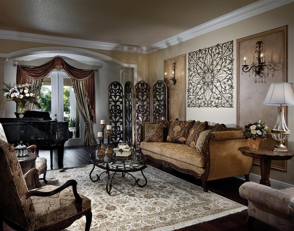 Featured Image of Gorgeous Wall Art For Classic Living Room