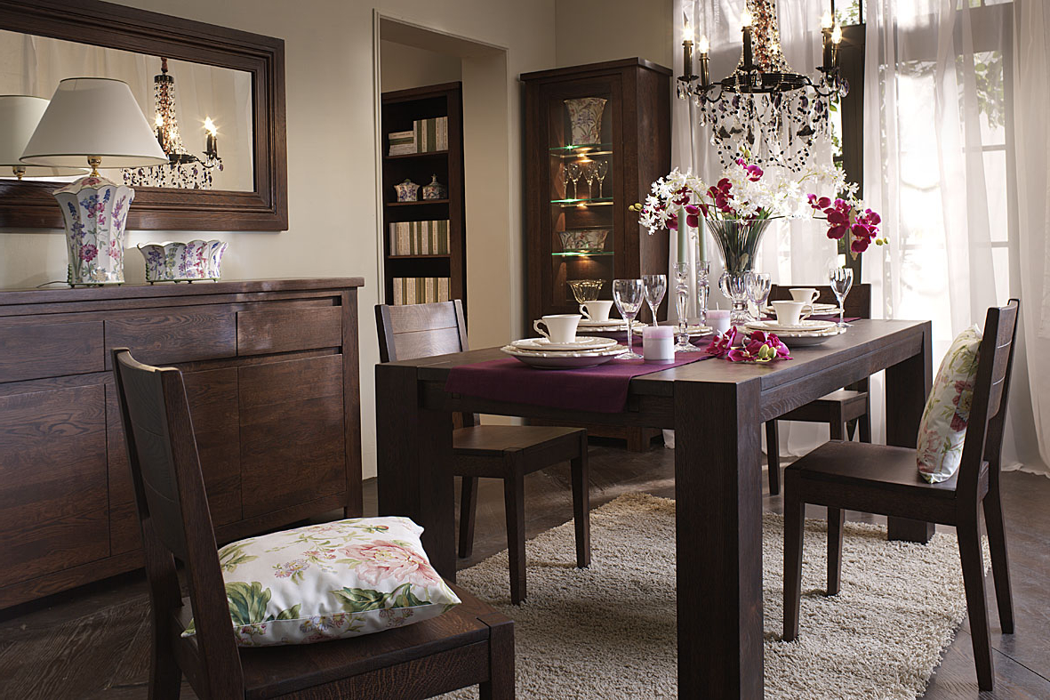 Featured Image of Italian Lacquer Dining Room Sets
