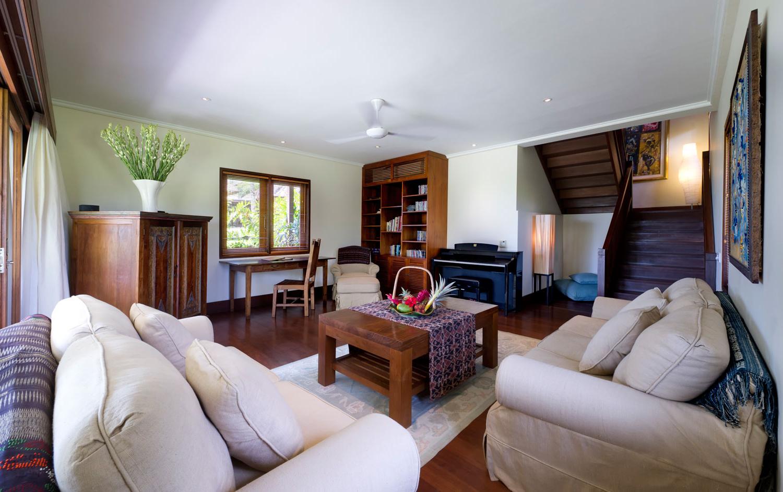 Featured Image of Italian Living Room Furniture Decor
