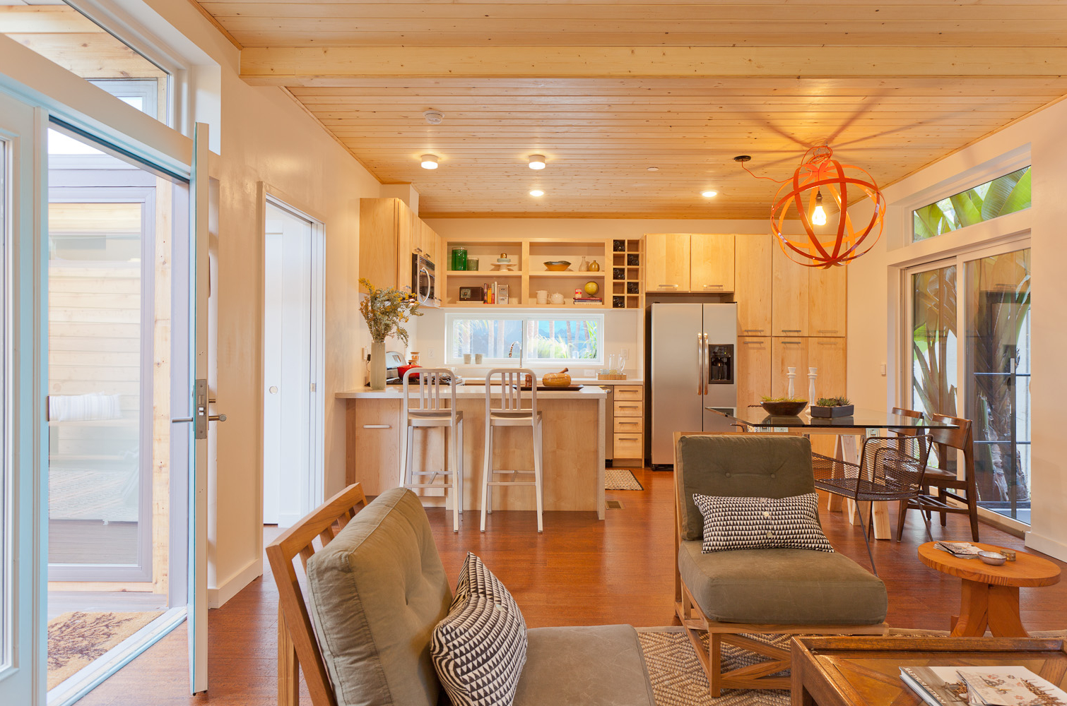 Featured Image of Kitchen Beadboard Wood Ceiling