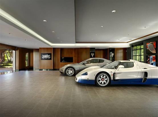 Featured Image of Large Elegant Garage Design Ideas