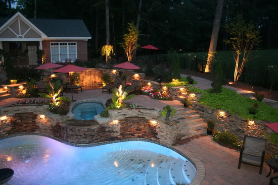 Featured Image of Large Garden Lighting Ideas