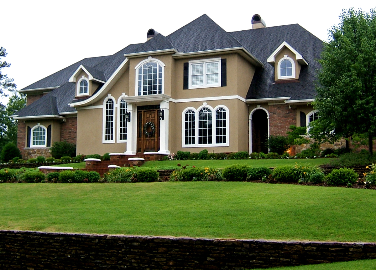 Featured Image of Large Home Exterior Design Ideas