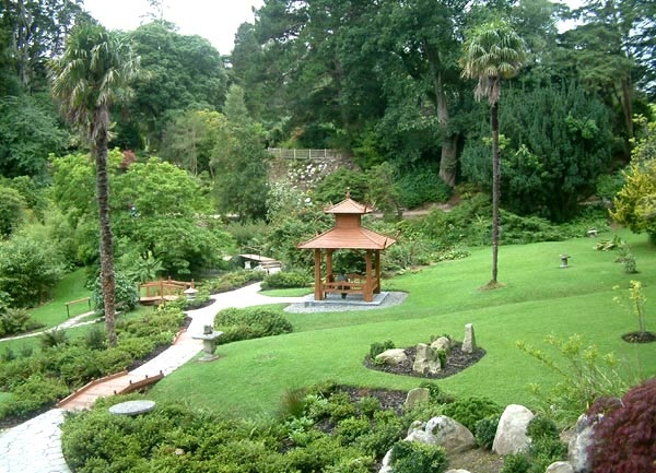 Featured Image of Large Japanese Garden Decoration Ideas