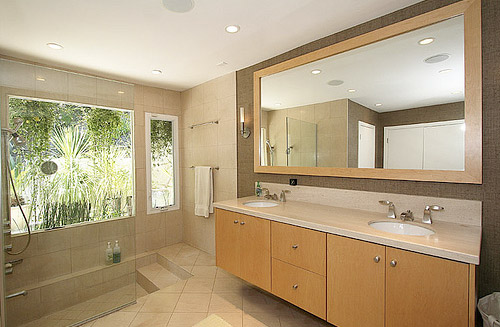 Featured Image of Large Modern Bathroom Furniture Ideas