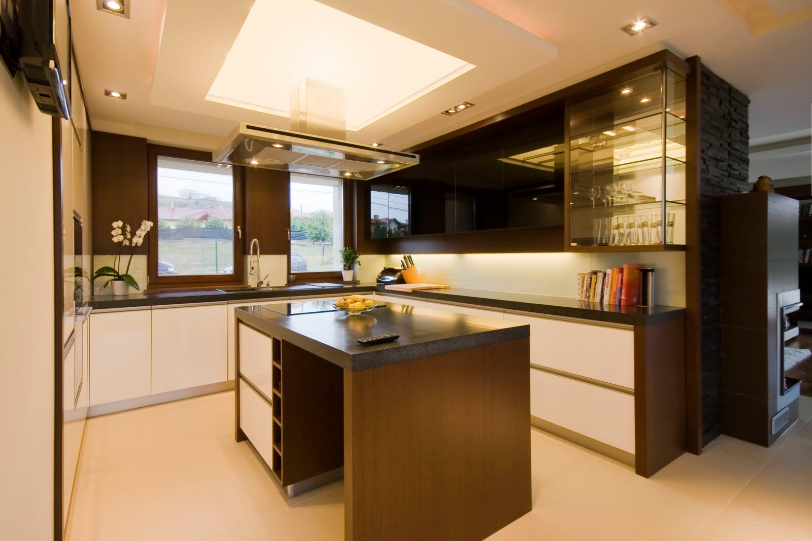 Featured Image of Luxury Kitchen For Small Interior Design