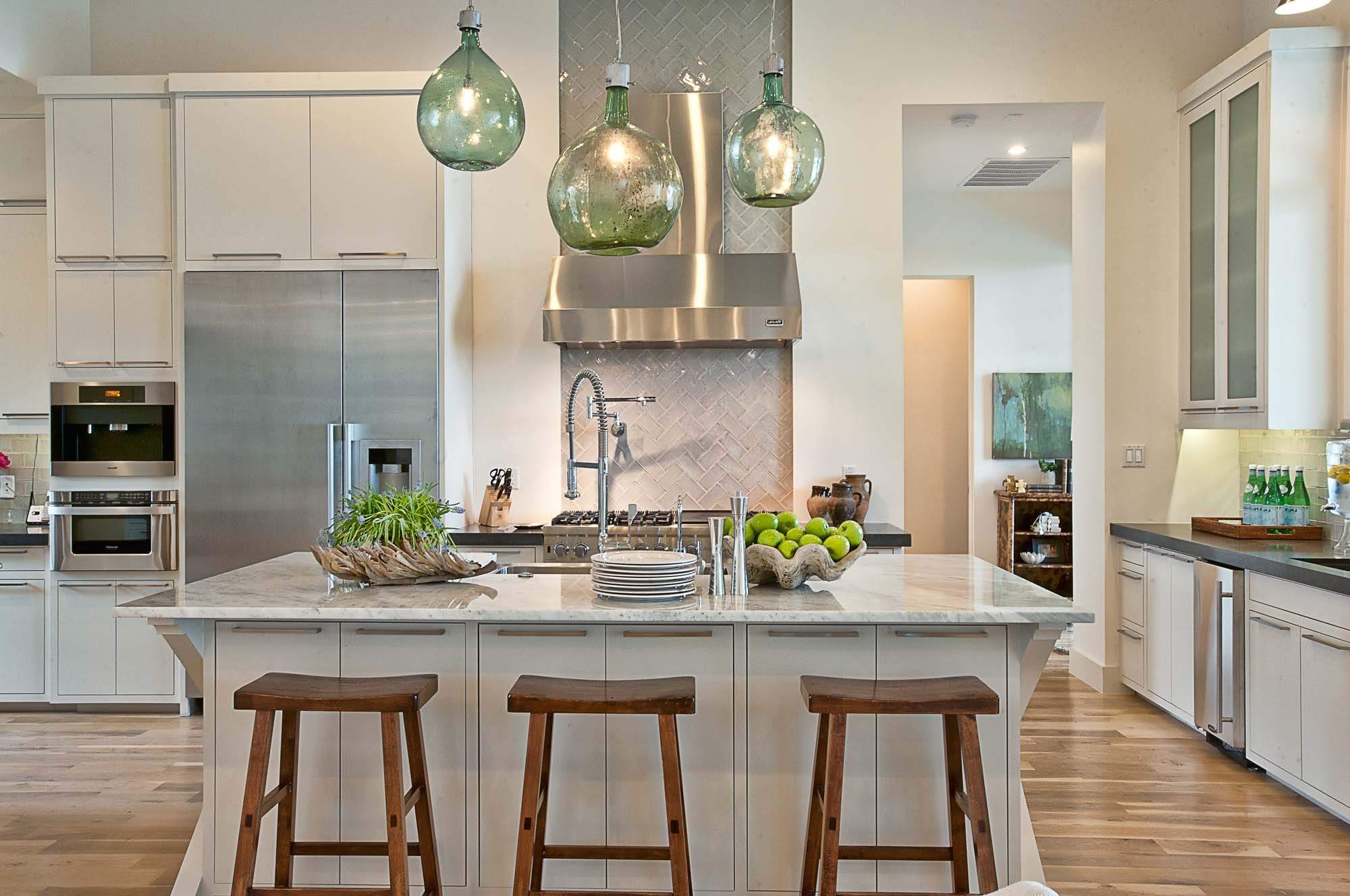Featured Image of Luxury Kitchen In Cozy Design