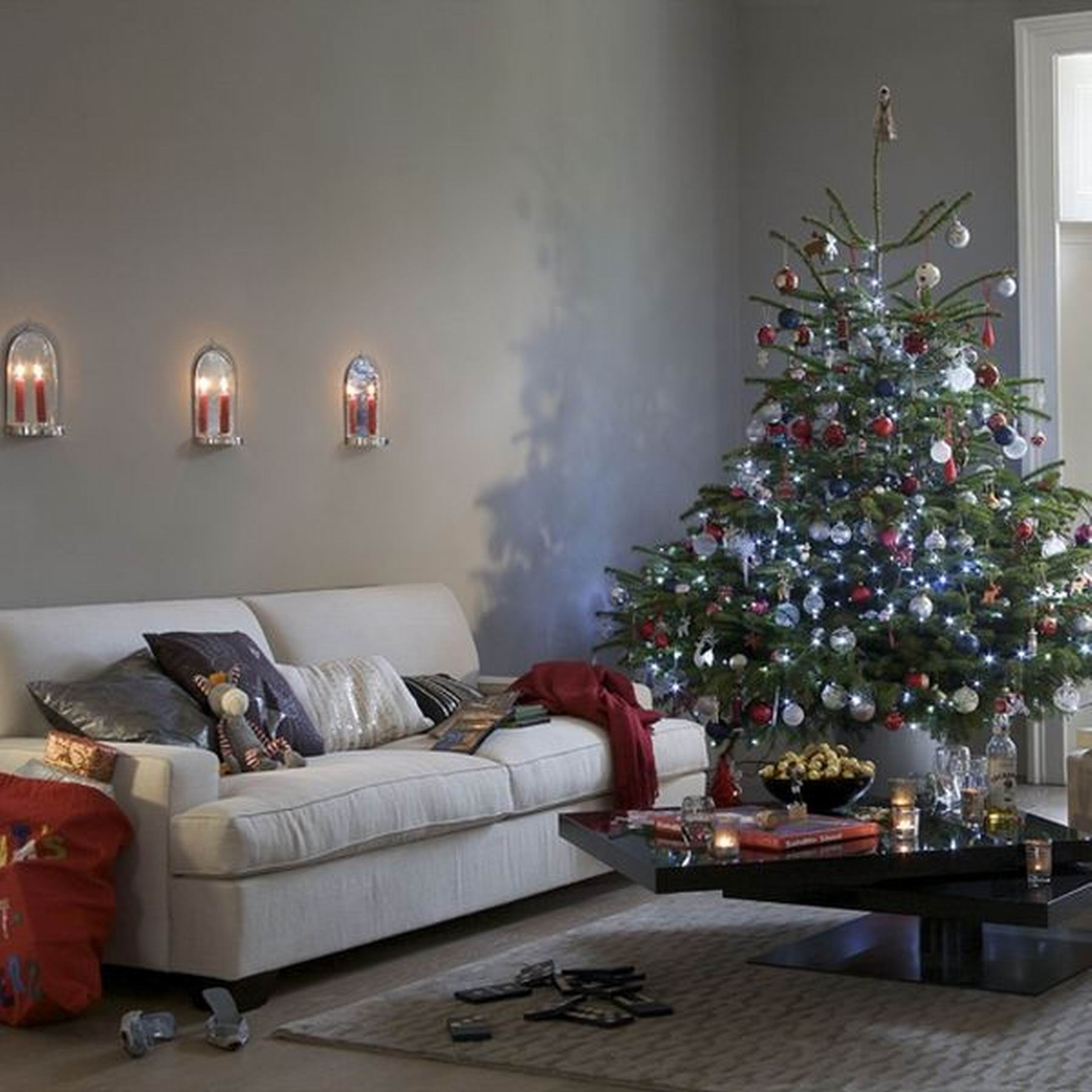Featured Image of Minimalist Apartment Christmas Decoration