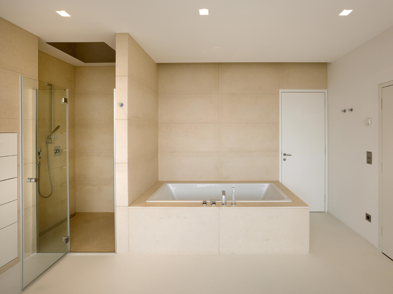 Featured Image of Minimalist Bathroom And Shower Remodel