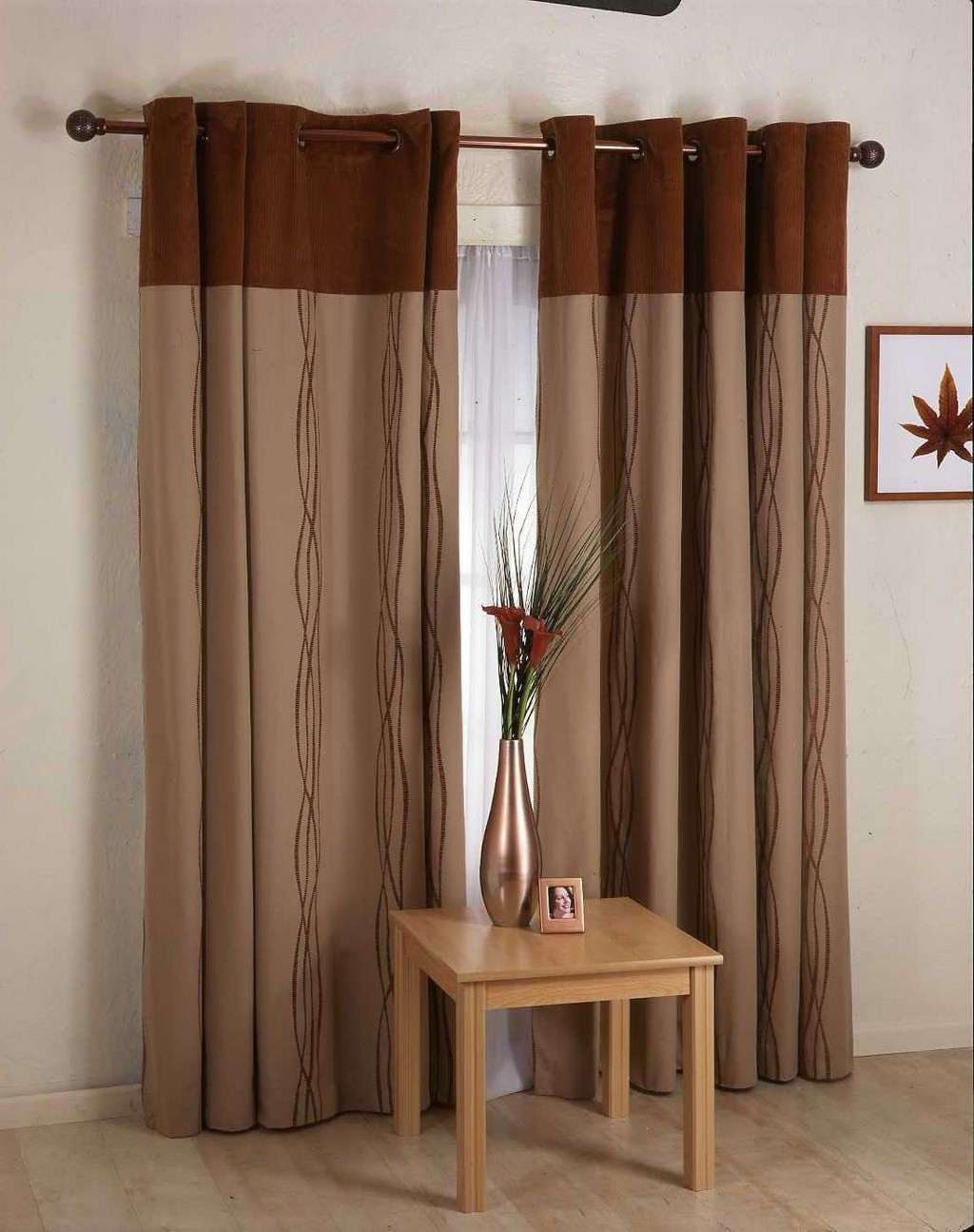 Featured Image of Minimalist Curtain Rods Design