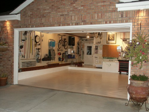 Featured Image of Minimalist Garage Furniture Ideas