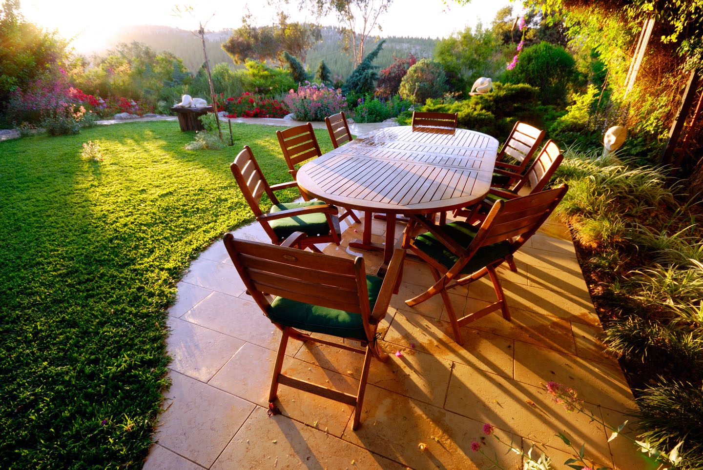 Featured Image of Minimalist Garden Furniture