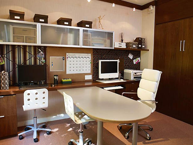 Featured Image of Minimalist Luxury Office Design Ideas