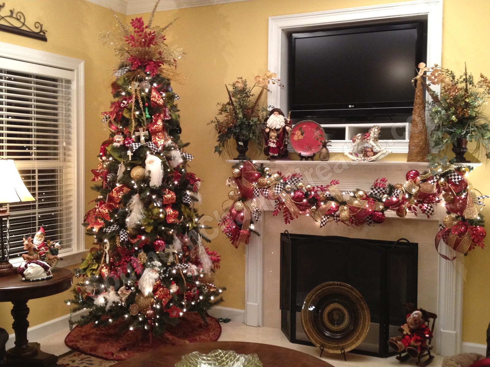 Featured Image of Modern Apartment Christmas Decoration