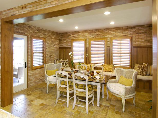 Featured Image of Modern Bricks Wall In The Dining Room