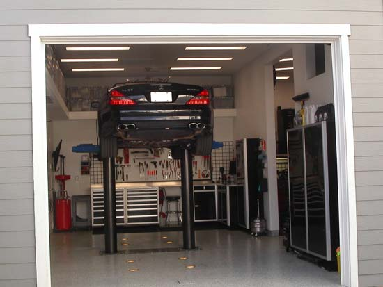 Featured Image of Modern Garage Design Ideas