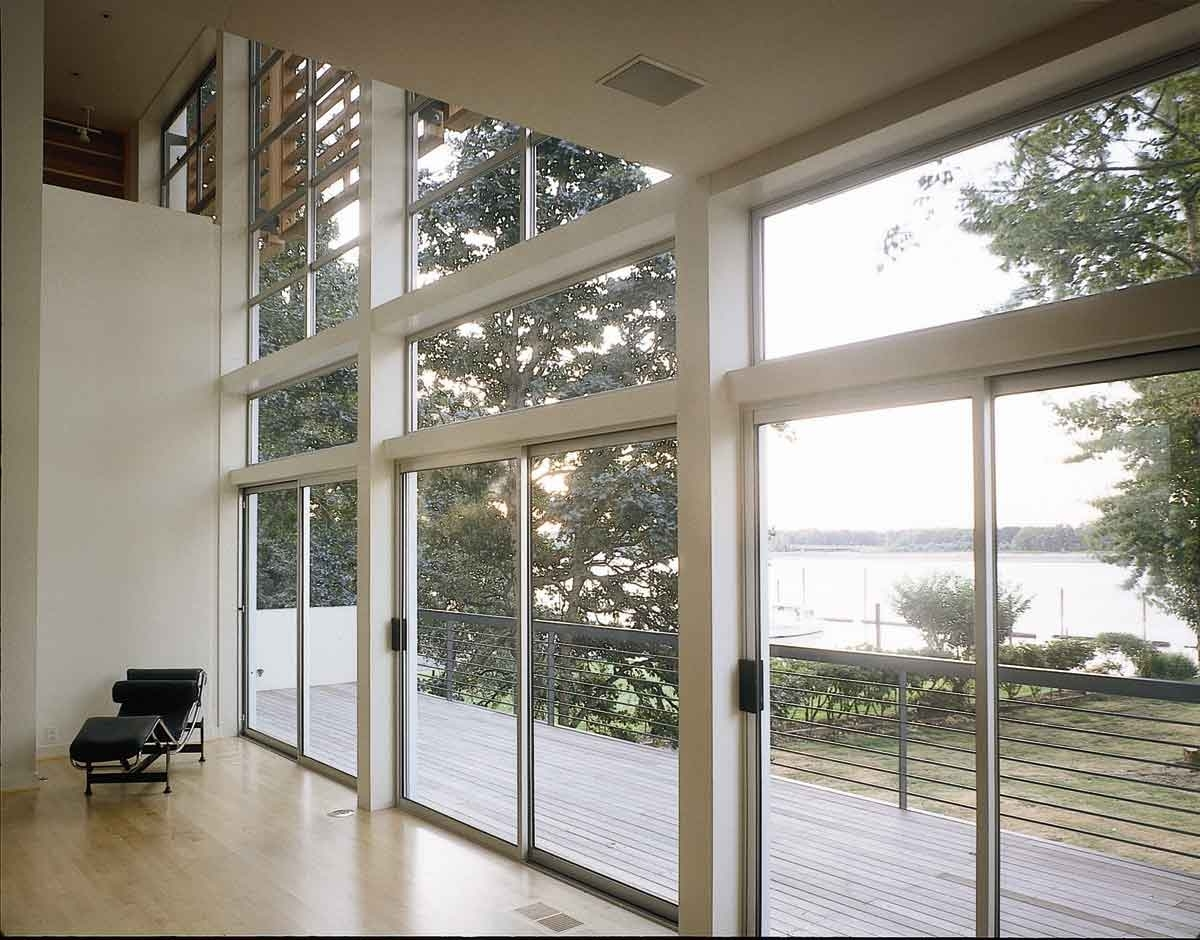 Featured Image of Modern Glass Patio Door