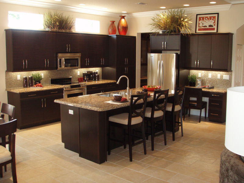 Featured Image of Modern Luxury Kitchen With Breakfast Bar