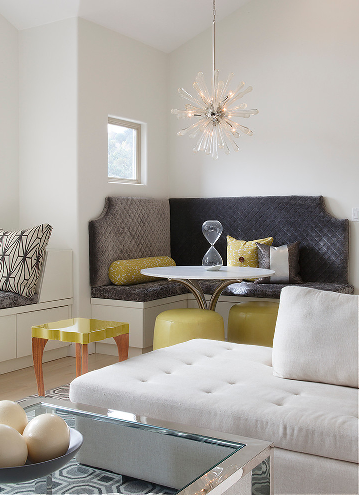 Featured Image of Multipurpose Living Room With Coffee Table