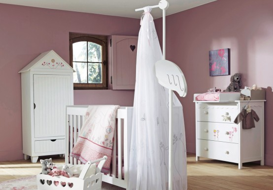 Featured Image of Nursery Room Furniture Ideas