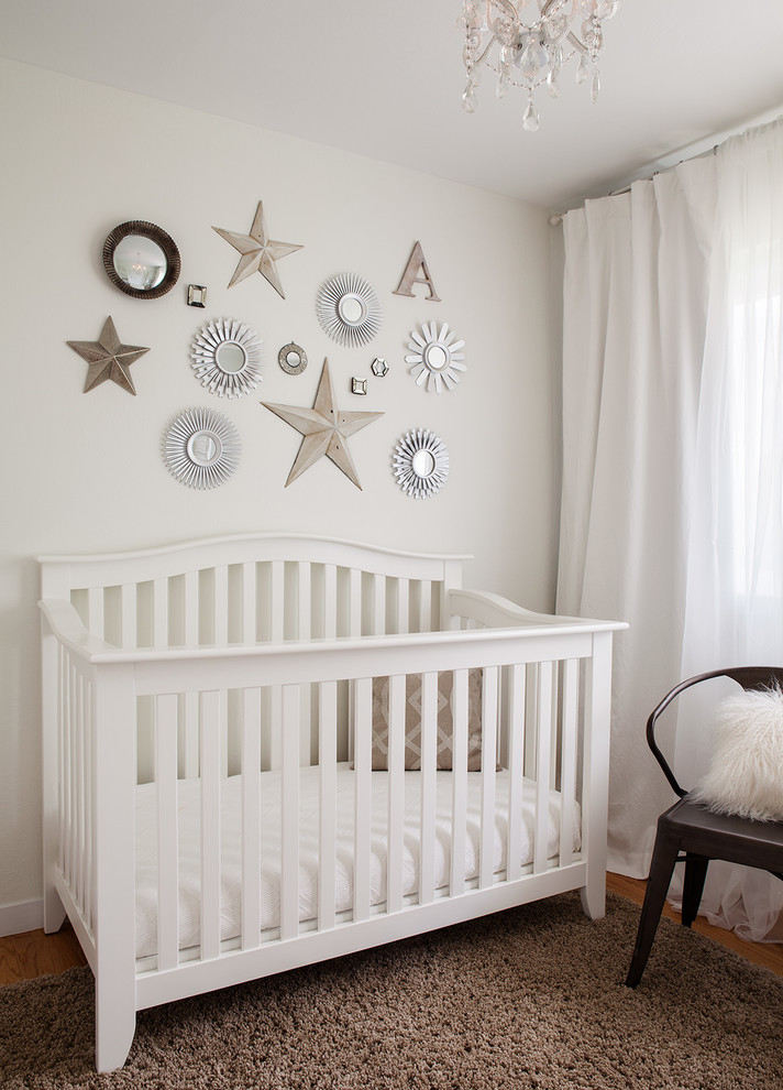 Featured Image of Nursery Room With DIY Decorative Wall