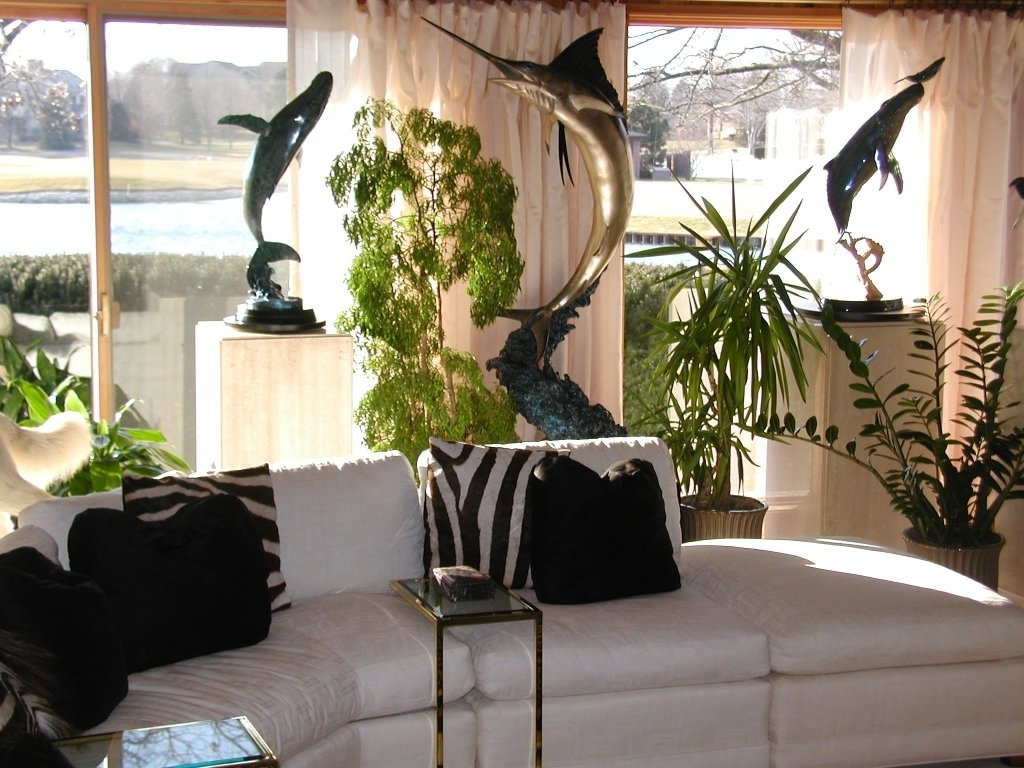 Featured Image of Ornament Decor For Tropical Homes