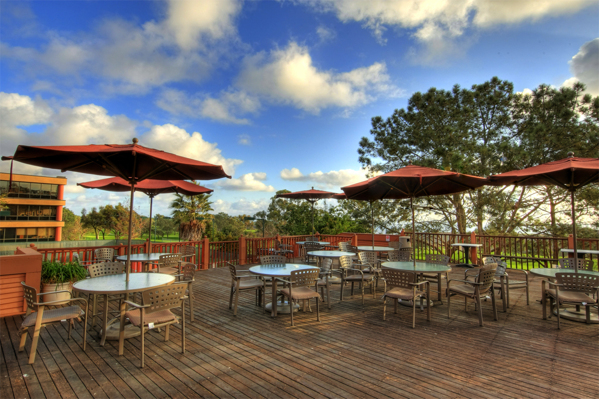 Featured Image of Outdoor Restaurant Patio Decoration