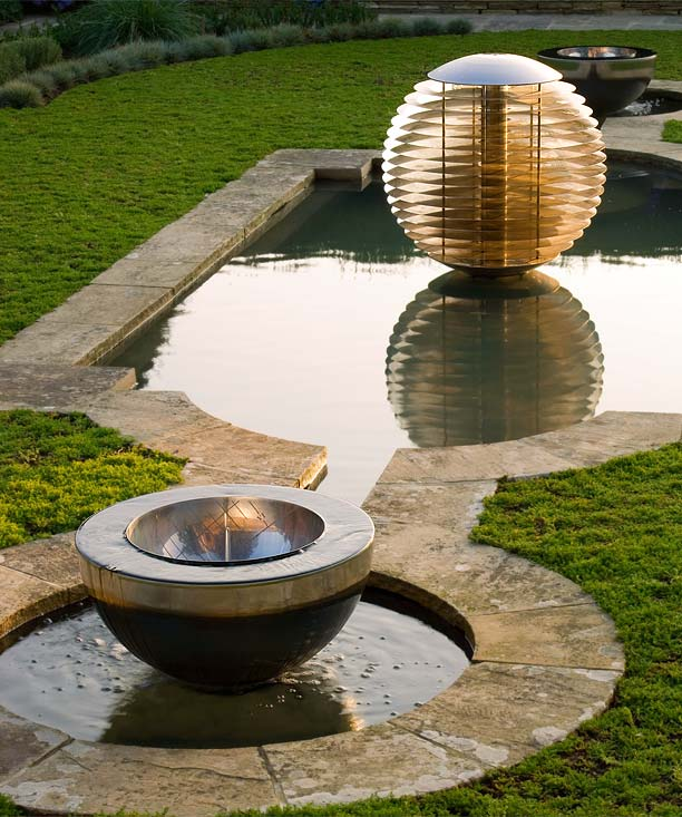 Featured Image of Pond Garden Sculpture Ideas