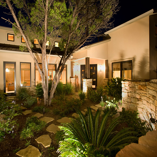 Featured Image of Popular Garden Lighting Ideas