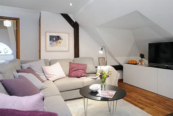 Featured Image of Simple Elegant Attic Living Room Remodel