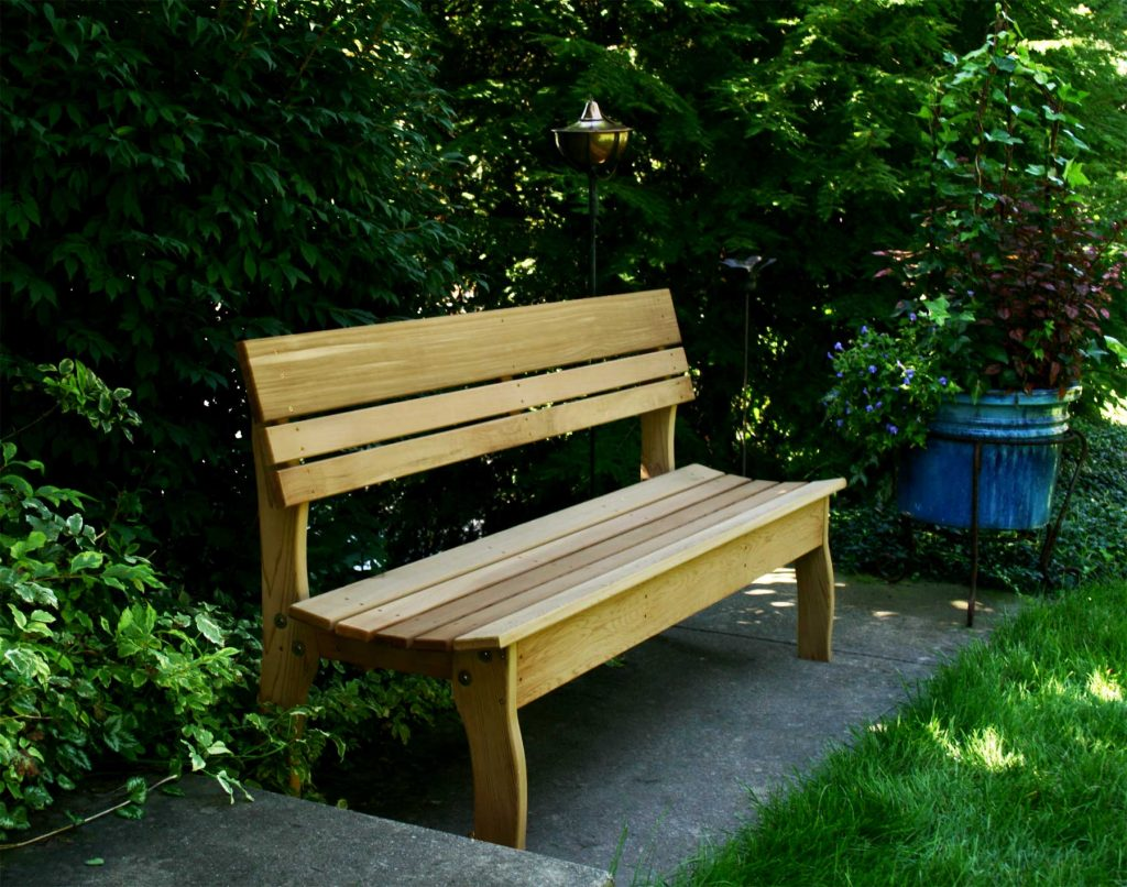 Simple Garden Furniture Idea