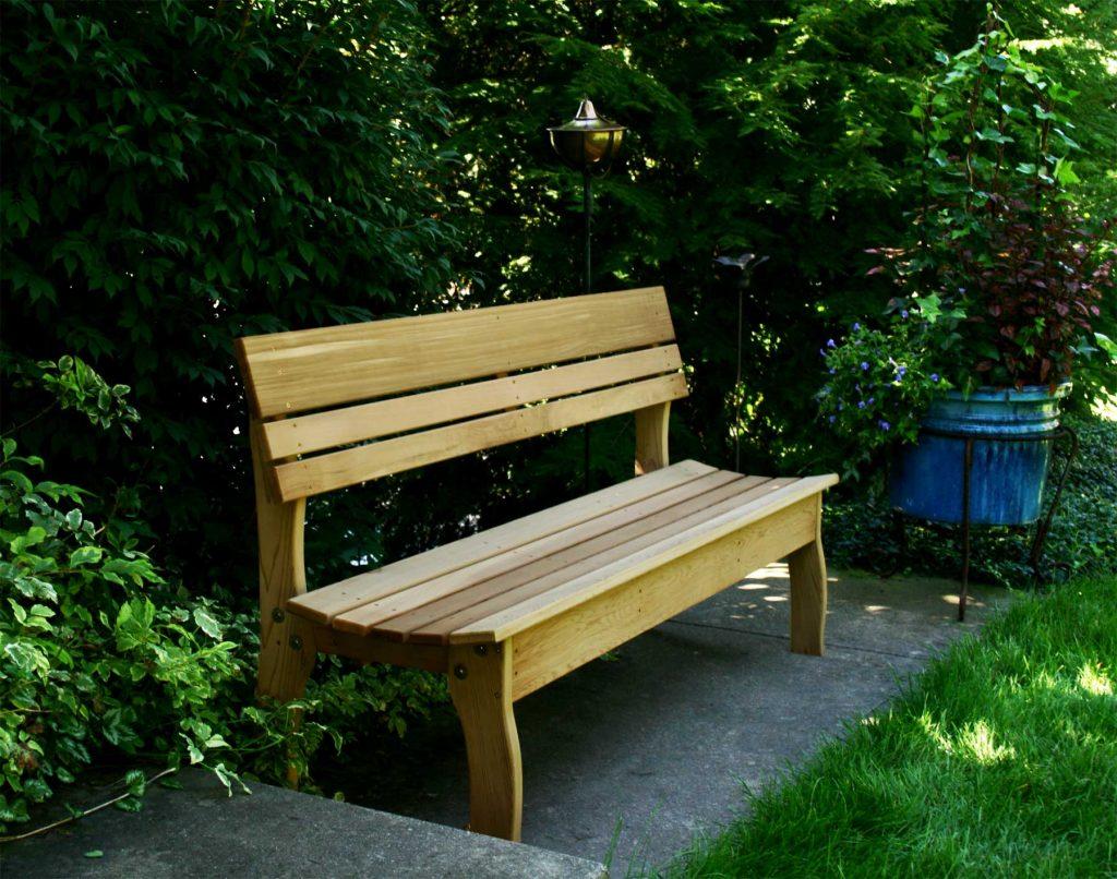 Simple Garden Furniture Idea