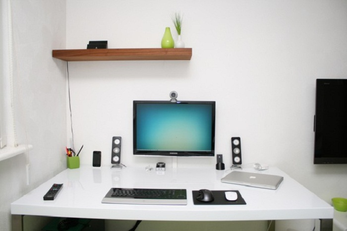 Simple Interior Design Ideas For Computer Workspace 6731