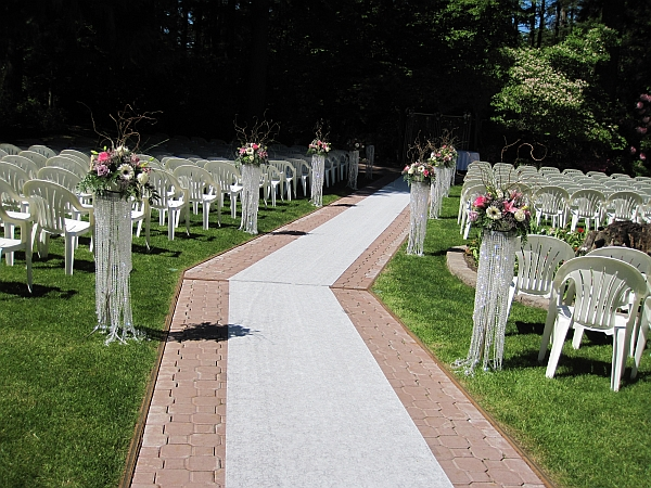 Featured Image of Simple Outdoor Wedding Reception Ideas