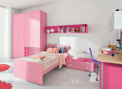 Featured Image of Simple Pink Girl Bedroom Designs