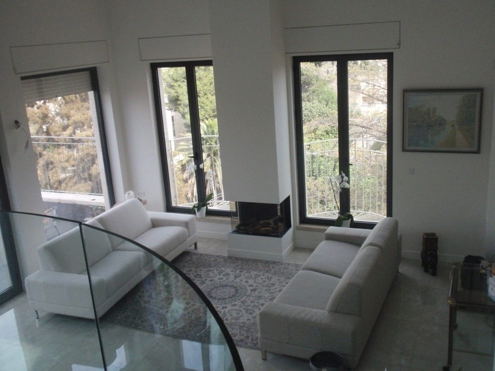Featured Image of Simply Minimalist Living Room