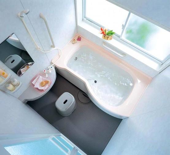 Featured Image of Small Bathroom Design Ideas