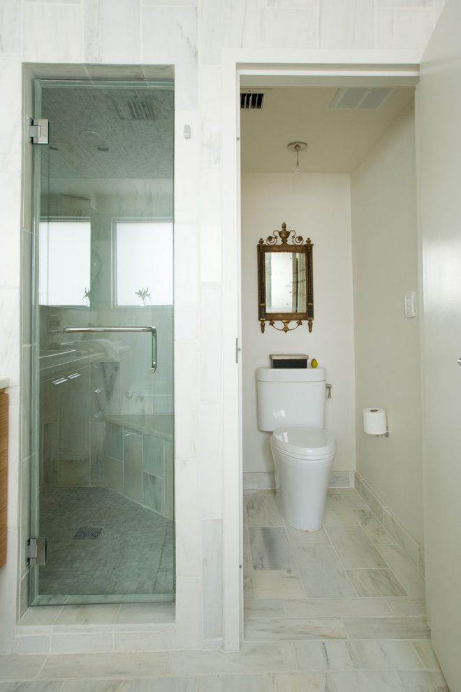 Featured Image of Small Bathroom With Toilet Separated