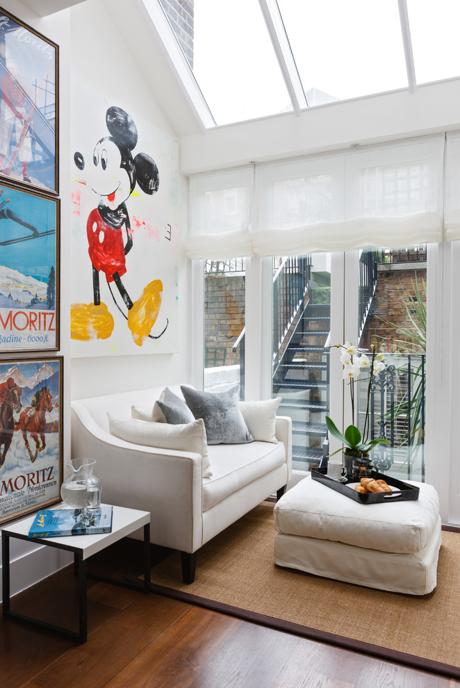 Featured Image of Small Contemporary Living Room With Mickey Mouse Interior