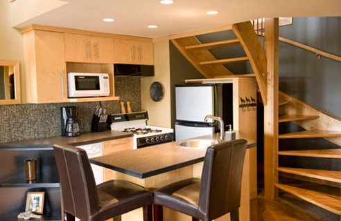 Featured Image of Small Kitchen Interior Decorating Ideas