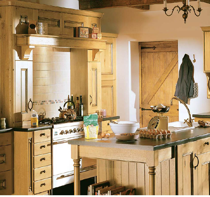 Featured Image of Small Wooden Kitchen Interior Ideas