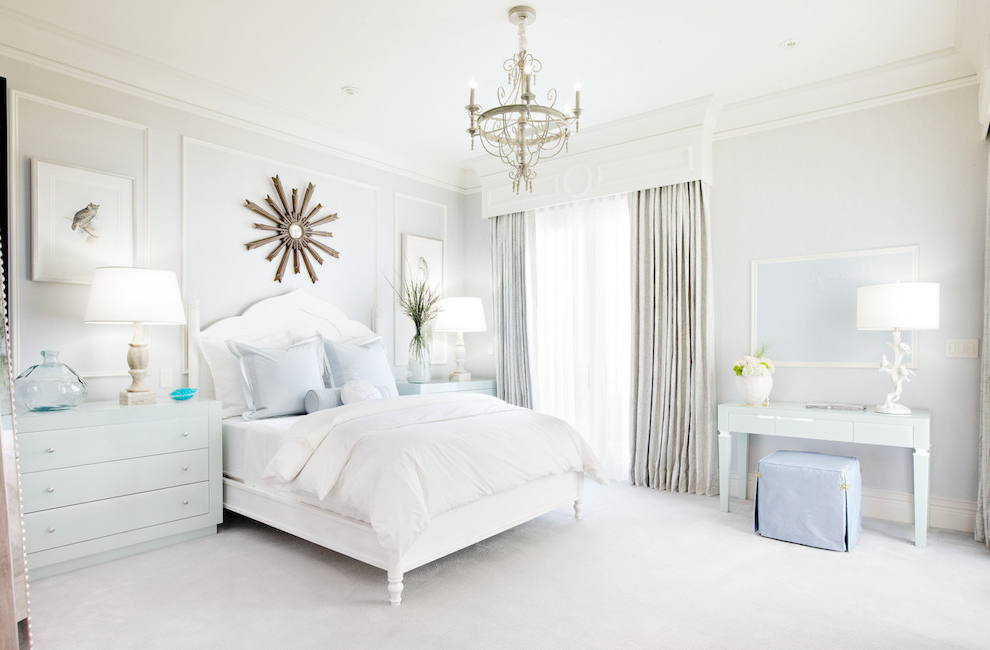 Featured Image of Soft And Comfortable White Bedroom Decor