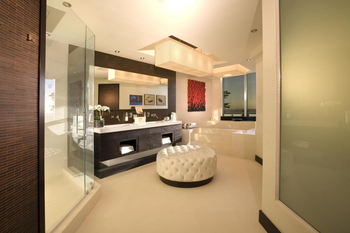 Featured Image of Stunning Modern American Bathroom Interior