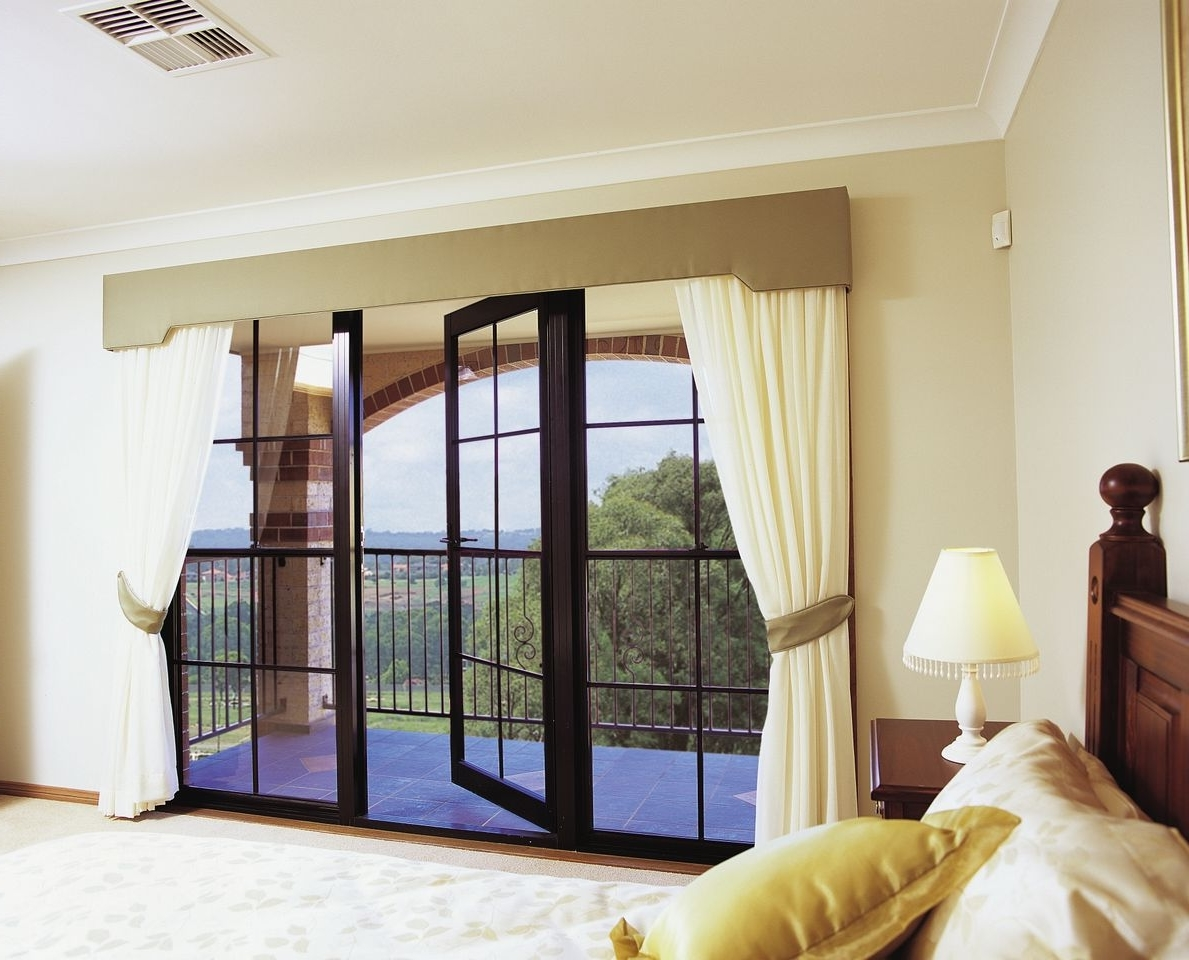 Featured Image of Stylish Curtain Pattern
