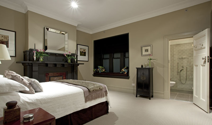 Featured Image of Traditional American Bedroom With Bathroom