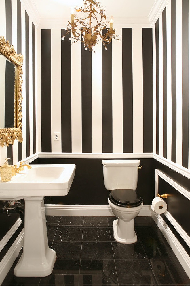Featured Image of Unique Black And White Bathroom Toilet