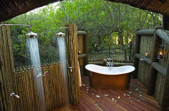 Featured Image of Unique Outdoor Bathroom Design Ideas